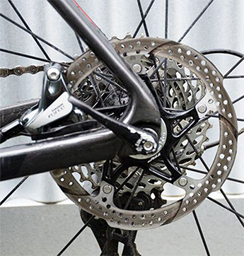 pros-and-cons-of-disc-brake-road-bicycle.jpg