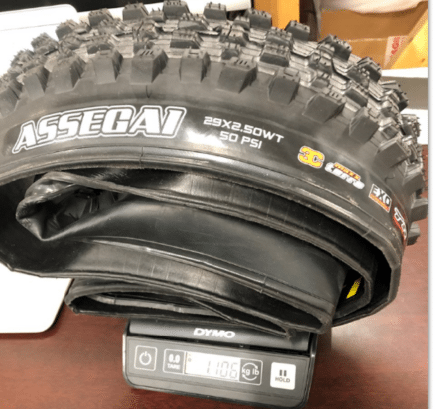 maxxis-assegai-27.5-2.5-owt-tire-actual-weight(2)