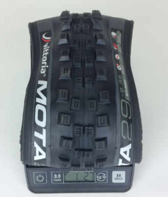 vittoria-mota-29-2.35-tire-weight.png