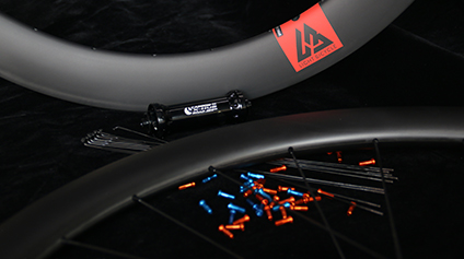 Buyer's Guide To Custom Carbon Wheelsets