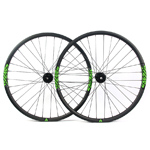 Hand-built carbon 650B cross country light weight mtb wheels tubeless compatible 27mm wide