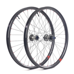 Hand-built AM935 asymmetric rim profile carbon fiber mtb 29er wheels