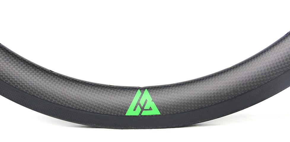 subtle appearance for BMX carbon wheel