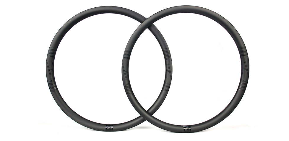 wide road carbon rims