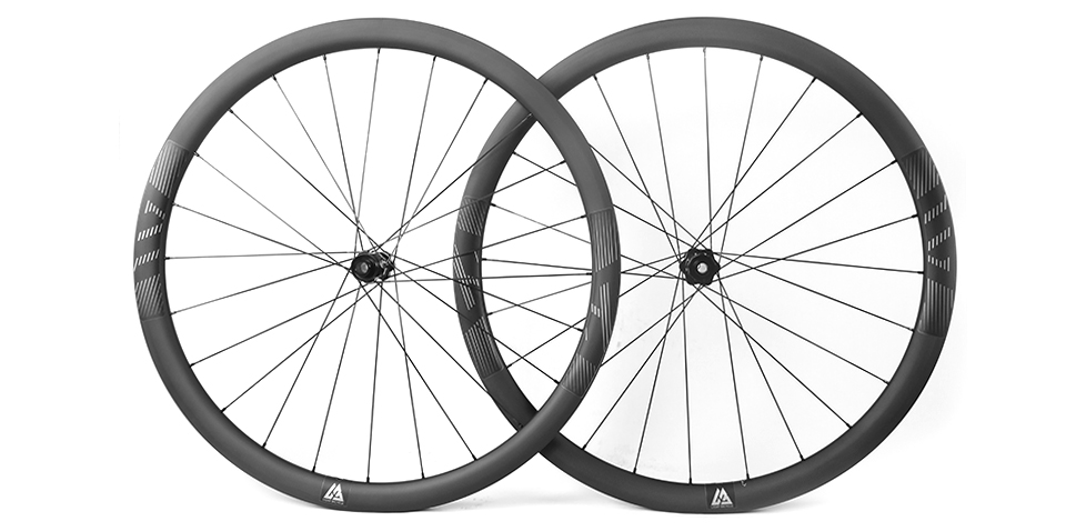 all round carbon road wheels