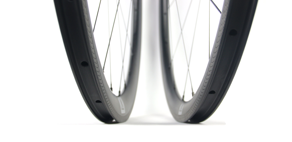 lightest-carbon-bicycle-wheel