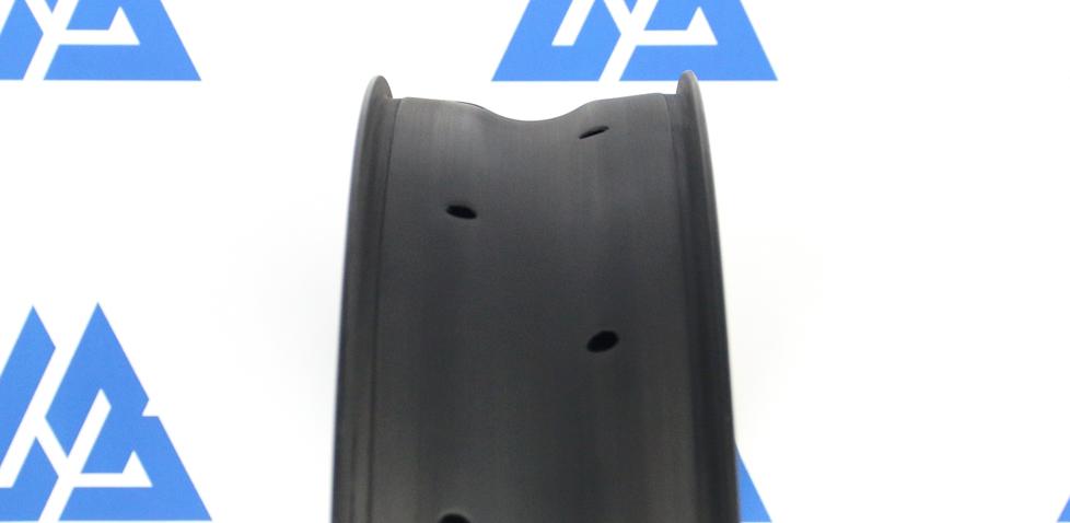 carbon rim 26