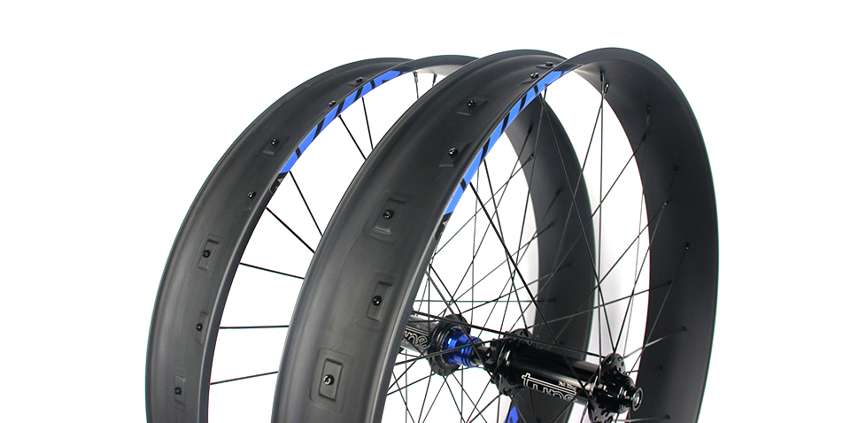 super-light-tubeless-fat-bike-wheel