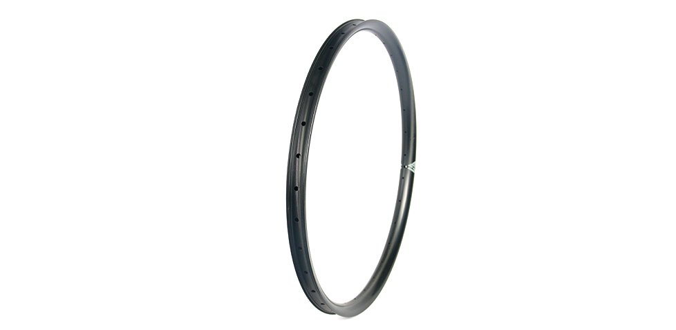 carbon-rims-light