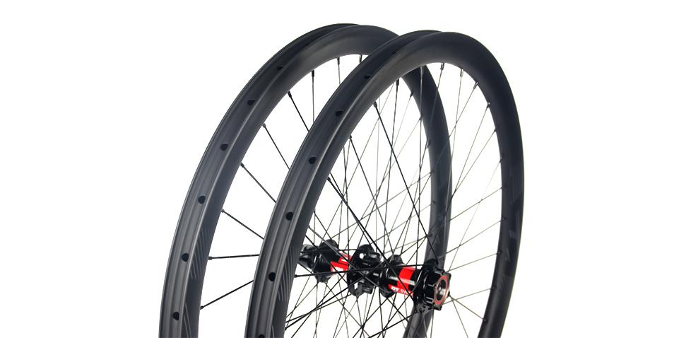 gravel-bike-disc-wheelset