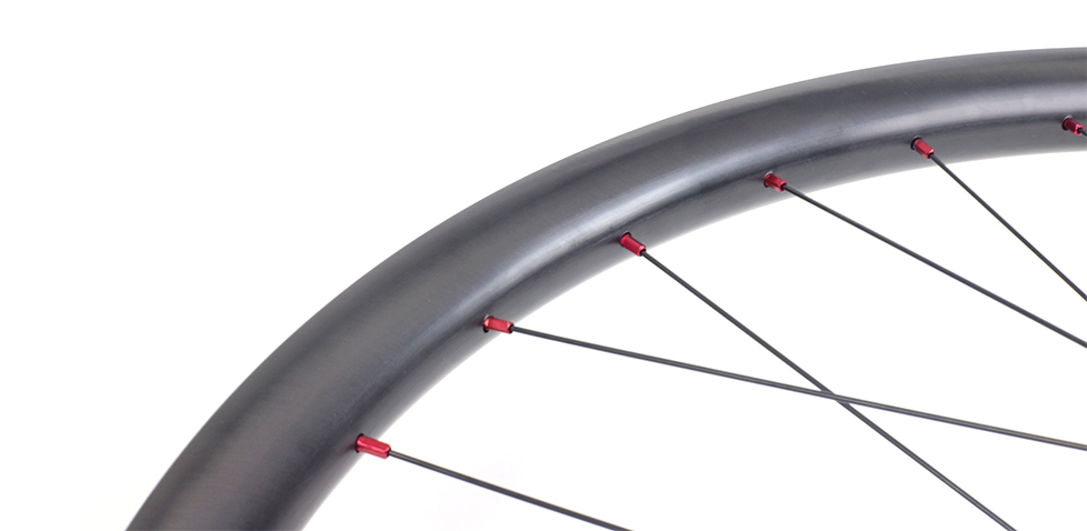 asymmetric-mtb-wheels-paintless