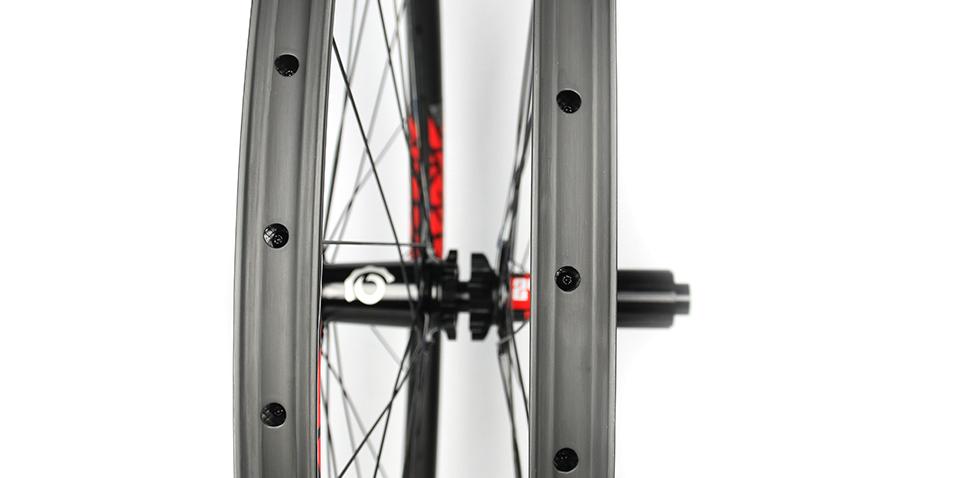 Hand-built AM928 asymmetric rim profile carbon fiber mtb 29er wheels