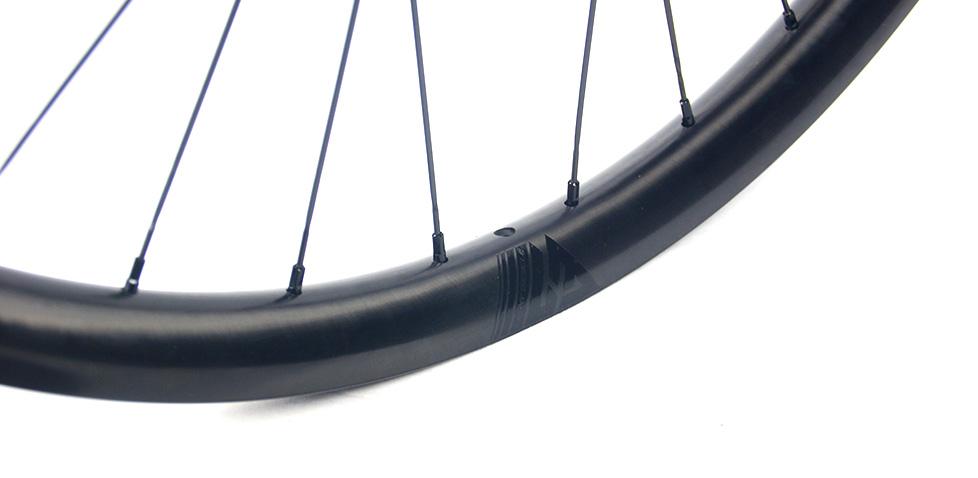 all-mountain-paintless-wheelset