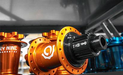 Orange Industry nine hub with XTR freehub