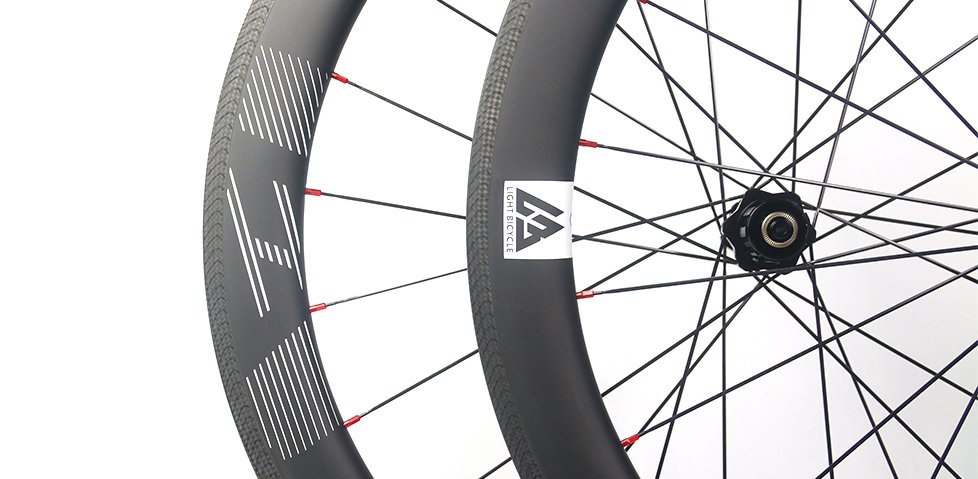 clincher-bike-wheel