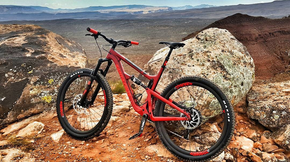 Light Bicycle desert riding