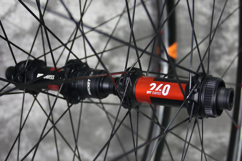 dt-swiss-240-exp-mtb-boost-hubs-straight-pull-centerlock-disc-36t