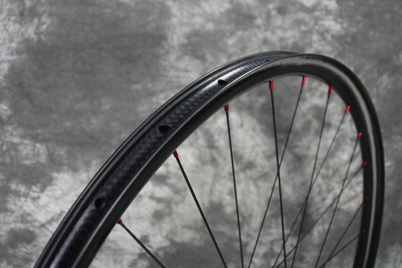 tubeless-compatible-am927-carbon-mtb-wheel