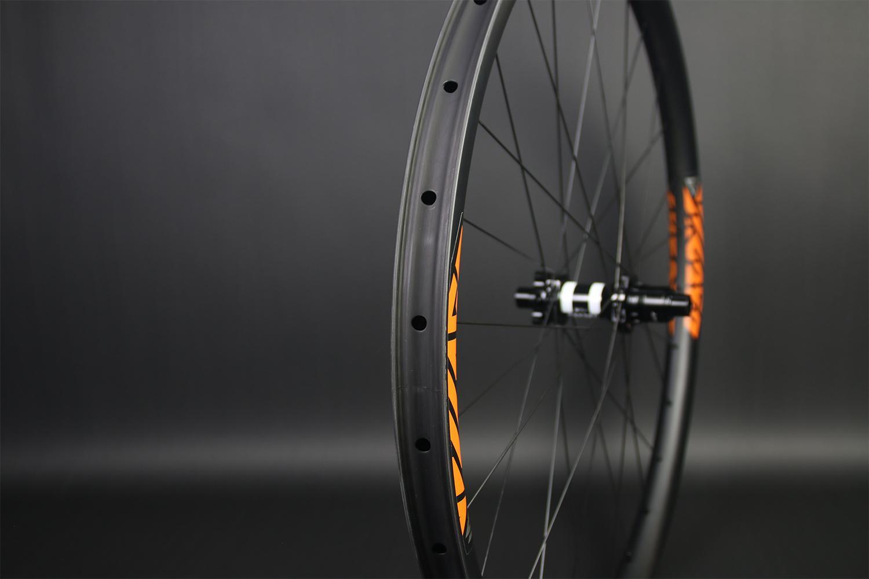 am928-29er-mtb-hookless-tubeless-ready-carbon-wheel