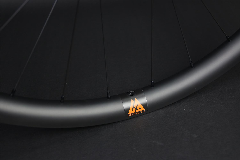 am928-29er-ud-matte-orange-valve-sticker-carbon-wheel