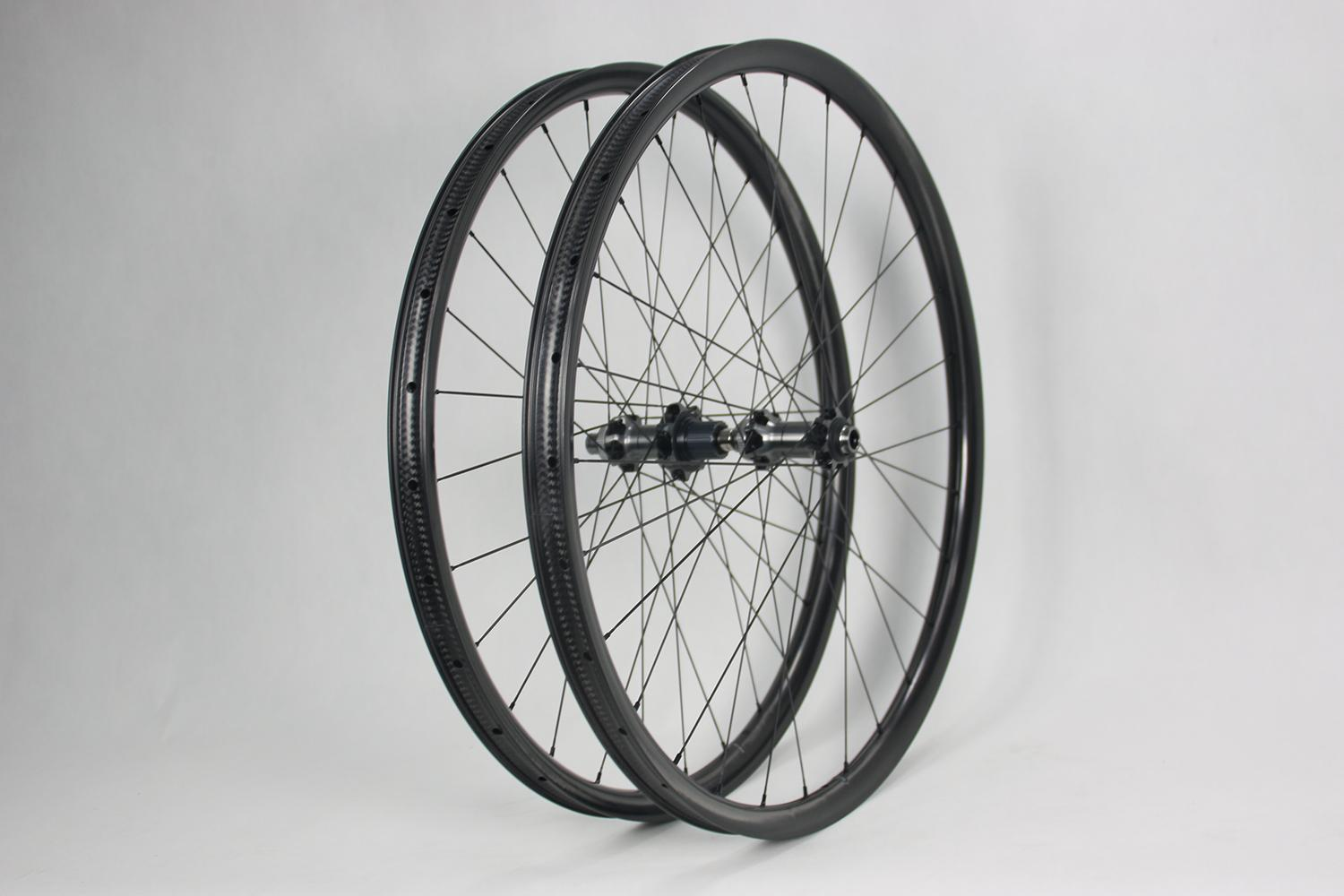 hookless-am930-carbon-wheelset-tubeless-mtb-tires-compatible