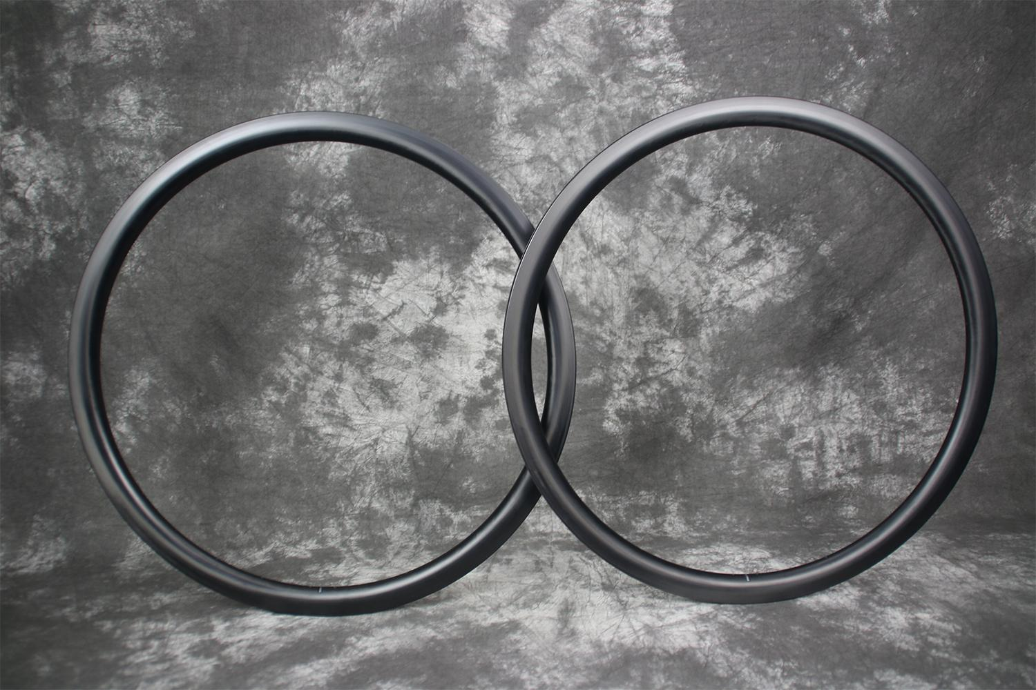 700c-35mm-paintless-finish-ud-fiber-pattern-carbon-rims-flyweight-style