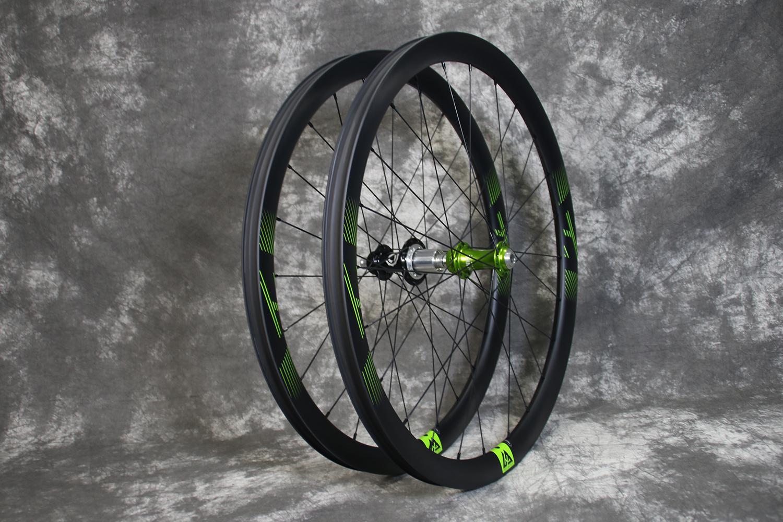 Light-Bicycle-AR36-650B-i9-torch-gravel-carbon-wheelset