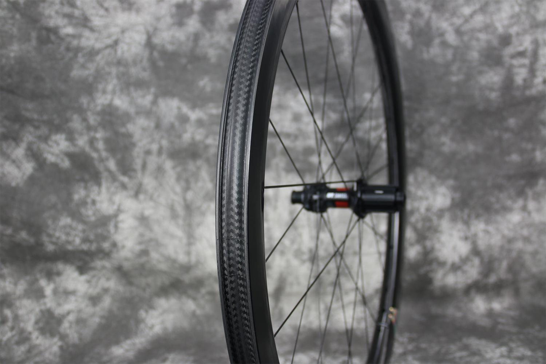 AR45-disc-DT-240-EXP-carbon-wheel-rear-road-tubeless