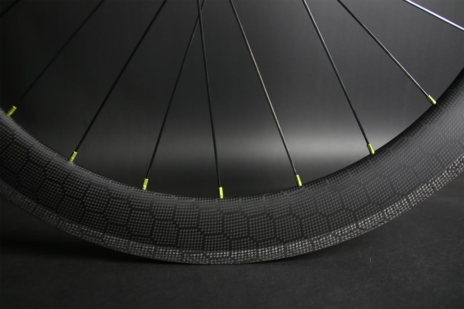 light-bicycle-hexa-comb-weave-carbon-fiber-wheel