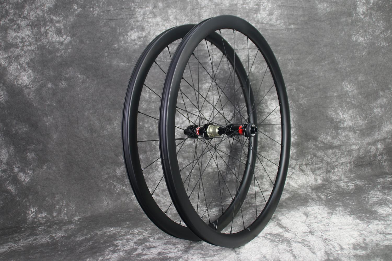 ar35-700c-road-disc-tubeless-compatible-ud-matte-carbon-wheel