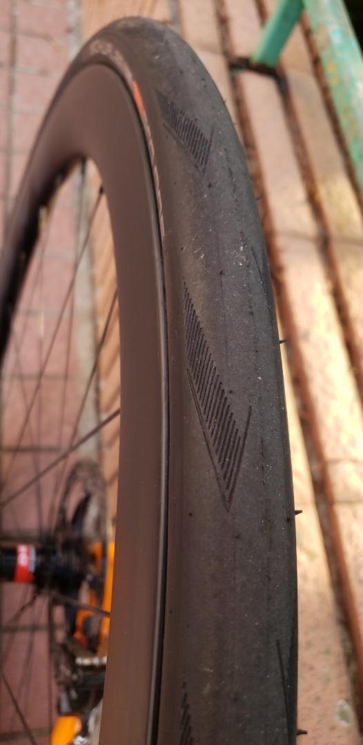 700c-gravel-carbon-fiber-matte-finish-tubeless-rim-novatec-d412sb-rear-hub-schwalbe-pro-one-tubeless-tire