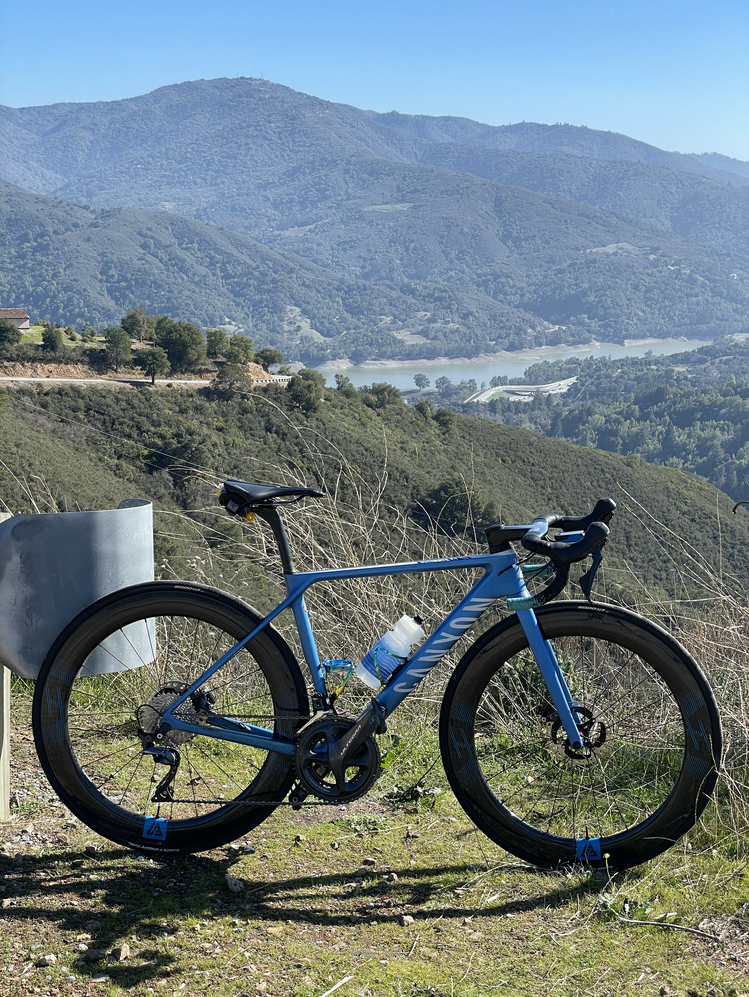 canyon-road-bike-with-light-bicycle-r65-65mm-aero-carbon-wheels