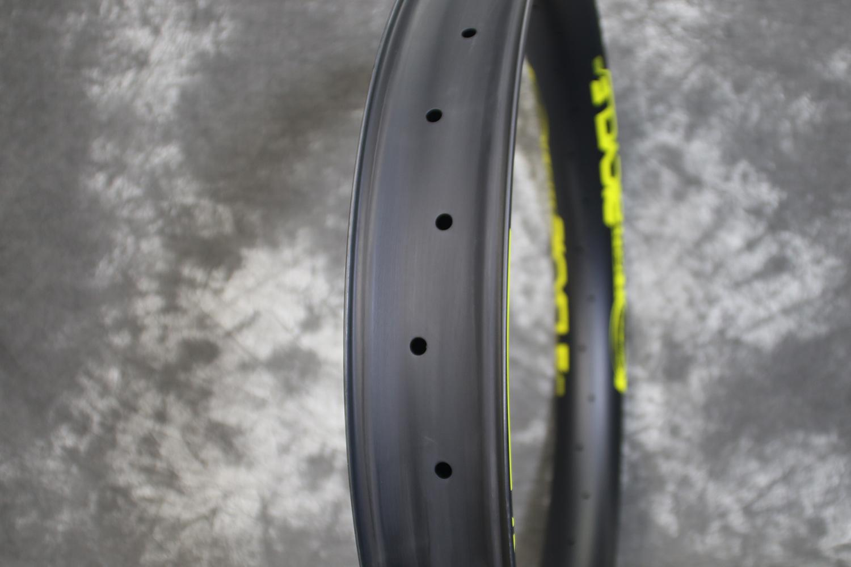 70mm-wide-fat-bike-carbon-rim