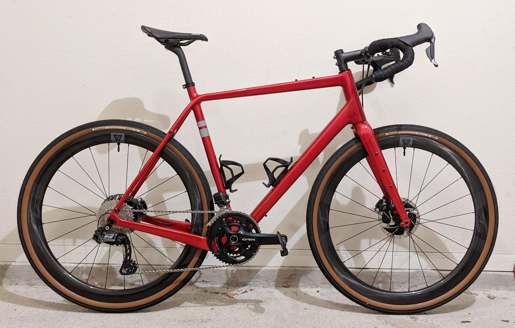 carbonda-696-red-frame-with-45mm-carbon-wheelset