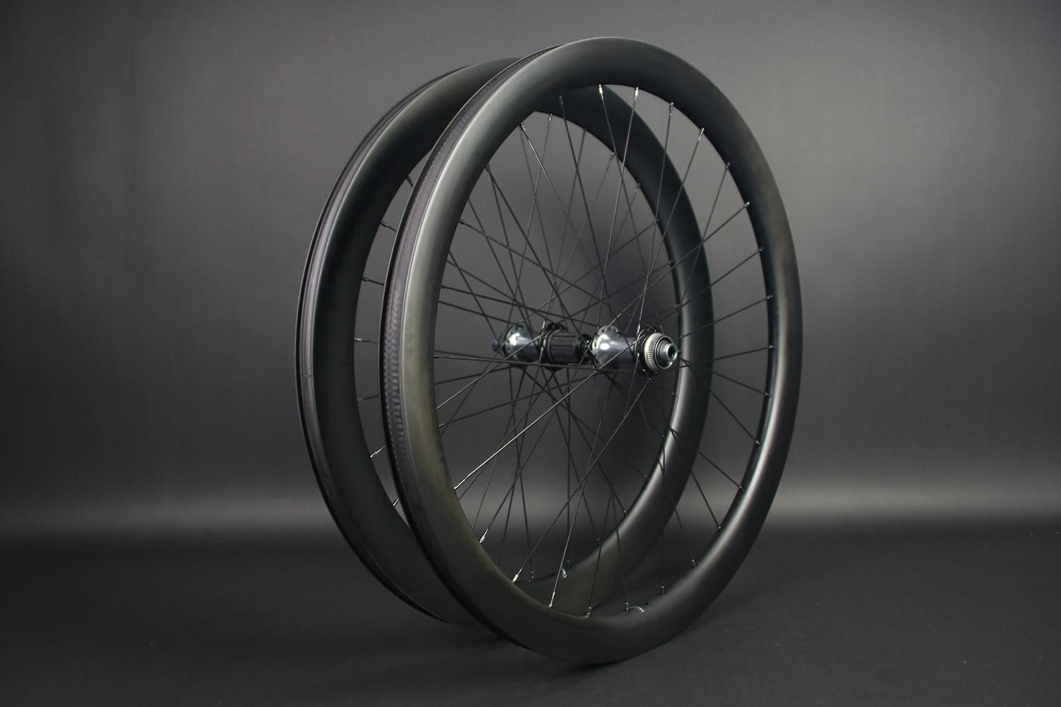 WR45-Front-AR56-Rear-700C-mixed-depth-tubeless-wheelset