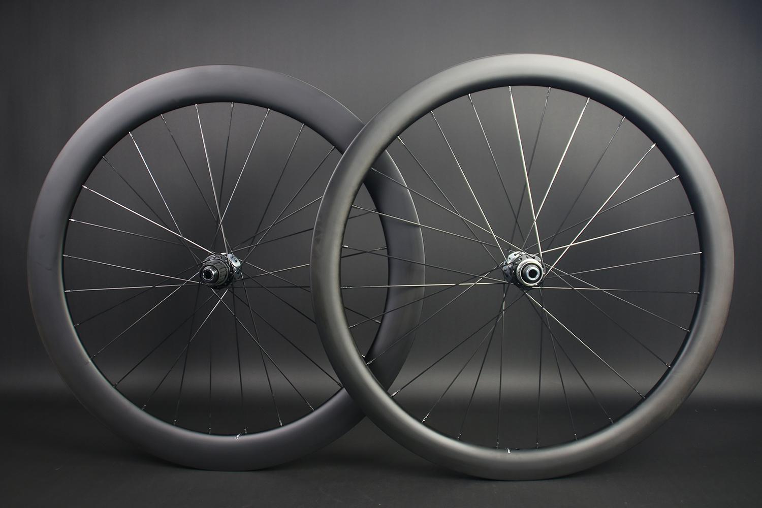 WR45-Front-AR56-Rear-700C-mixed-depth-wheelset