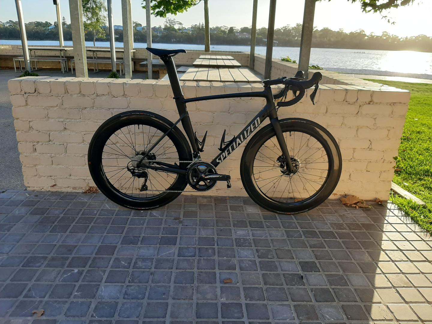 Light-Bicycle-WR65-65mm-carbon-aero-disc-wheels-on-Specialized-Allez-Sprint-disc