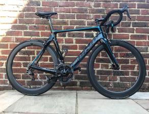 Light-Bicycle-R55-Bitex-RAF10-RAR9-carbon-wheelset-with-continental-gp4000-ii-road-tires