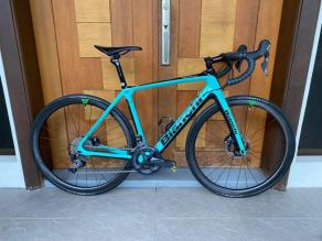 bianchi-infinito-on-light-bicycle-ar35-falcon-pro-road-wheels-review
