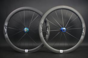 ar46-Grooved-Graphene-Surface-matte-finish-3K-weave-carbon-wheelset