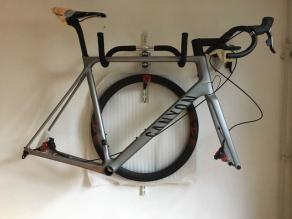 AR46-carbon-rims-canyon-road-bike-frameset