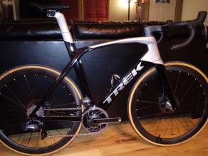 trek-madone-slr-7-20inch-bicycle-carbon-wheels