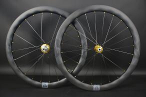 ar465-x-flow-road-disc-glod-hubs-nipples-stealth-decal-carbon-wheelset