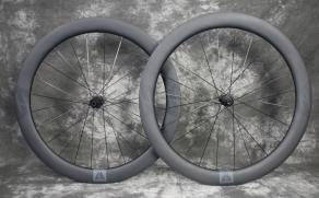 AR56-matte-3k-carbon-wheelset-700c