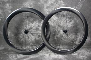AR56-56mm-road-disc-ud-glossy-carbon-wheelset