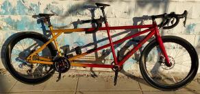 kinethic-tandem-bike-56mm-carbon-rimmed-wheels