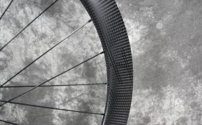 black-decals-on-satin-finish-carbon-wheel-sidewall