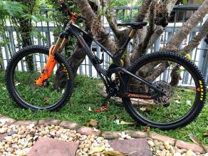carbonjack-29er-enduro-bike-on-en932-carbon-wheelset