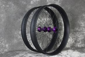 light-bicycle-fat680-fatbike-carbon-wheelset-with-purple-hubs-nipples