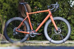 light-bicycle-AR56-carbon-wheelset-with-s-works-turbo-tyres-installed
